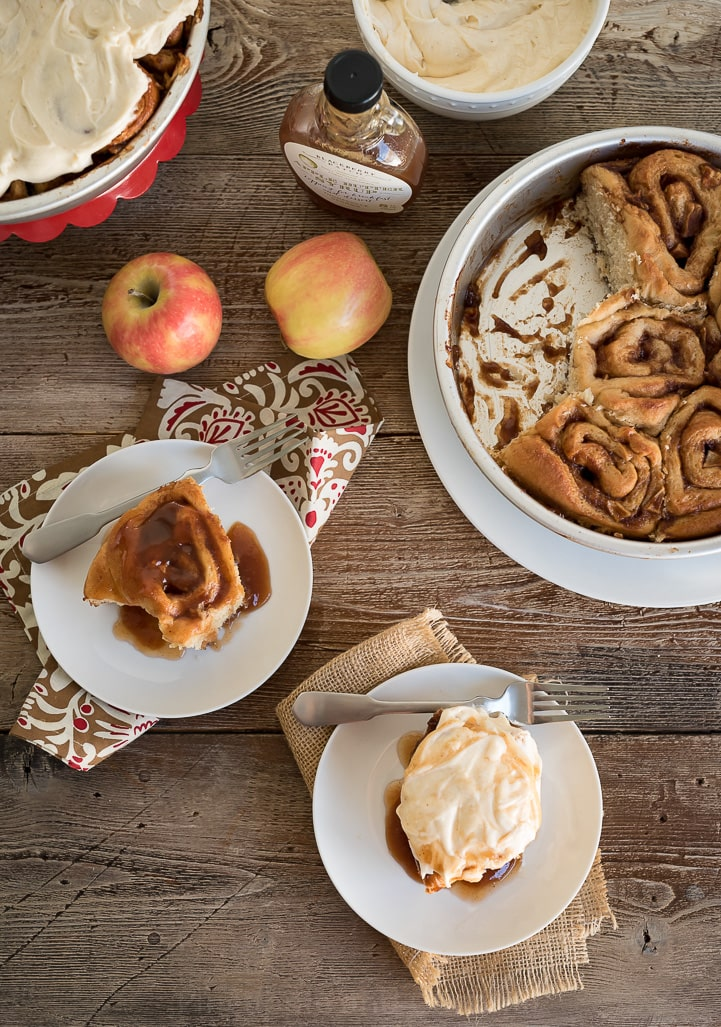Caramel Apple Butter Cinnamon Rolls with Apple Cider Cream Cheese Icing www.pineappleandcoconut.com